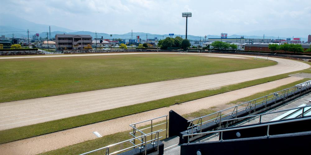 神照運動公園 市民競技場写真
